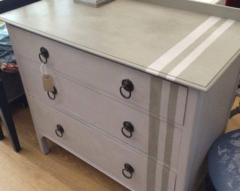 Gorgeous Chest of Drawers, pick up or local delivery only
