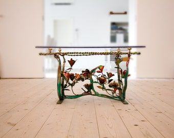 table with rose flowers