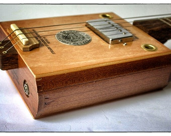 """Cigarbox guitar """"Wooden Angel"""" with humbuckers"""