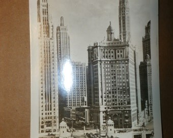 Old Rare Collectible Vintage Postcard Picture Michigan Ave and Wacker Drive Chicago Photo