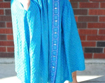 Vintage Blue & Turquoise Boho Print A-Line Midi Skirt with Pockets (1980s)