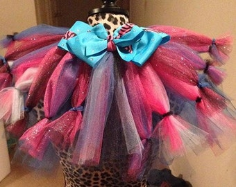 HandCrafted bows and tutu's
