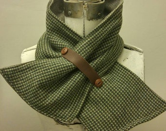 "Wool blend ""bow"" scarf"