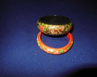Women Hand Made Paper Mashes Bracelets