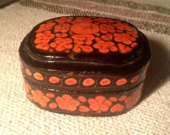 Little Vintage Box - Orange and Black