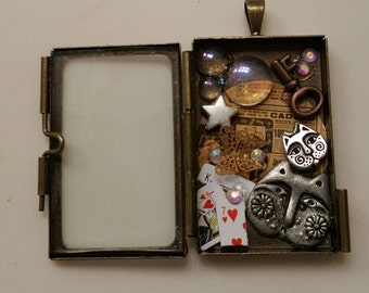 Steampunk glass locket