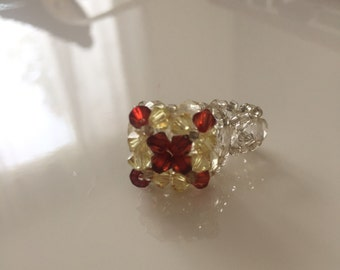Pretty fancy gold and Red Ring small size