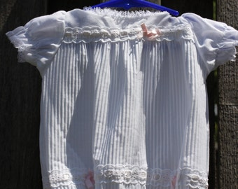 Vintage Baby Girls Bubble Romper