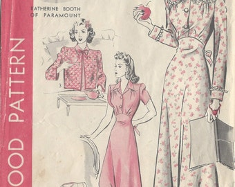 "1940s Vintage Sewing Pattern NIGHTGOWN & BED JACKET B34"" (90)  Hollywood Pattern  1028"