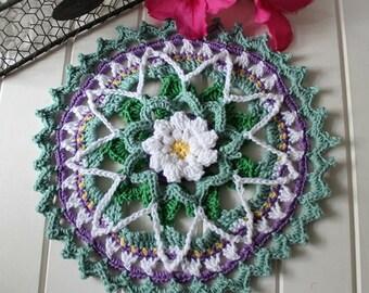 Crochet- Spring Daisy Mandala