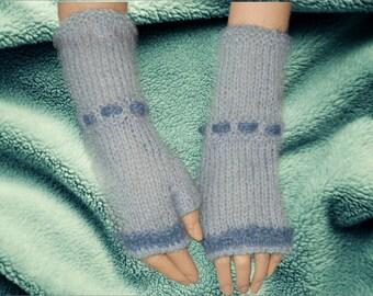 Hand knit Fingerless gloves,Knitted Fingerless Mittens,Mohair Fingerless gloves,Wrist warmers hand knitted blue