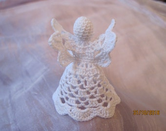 Cochet Angel 2 inch tall