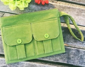 Olive Green Corduroy Wallet Wristlet, Wristlet Purse, Corduroy Wristlet, iPhone Wristlet Wallet, Zipper Wallet, Zipper Pouch, Dorothy