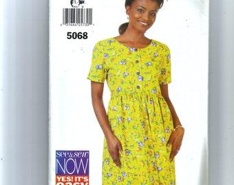 Butterick Misses'/Miss Petite Dress Pattern 5068
