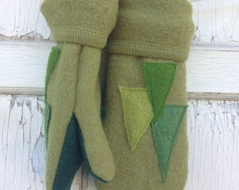 SALE- Felted Wool Mittens- Christmas Tree-Upcycled Clothing-Green