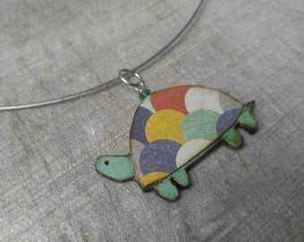wearables...necklace...turtle