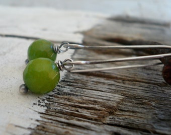 Minimalist in Green Apple - Handmade Earrings. Green Agate, Oxidized Sterling Silver Dangle Earrings