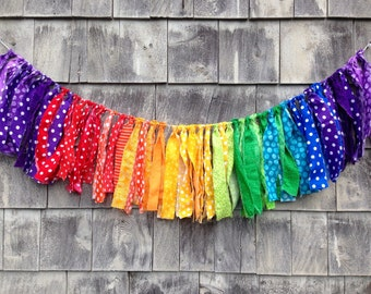 FaBRiC FRiNGe RaiNBoW BaNNER Baby PHoTO PRoP RTS Newborn Rag Garland SHaBBY CHiC Fringe Banner HoMe DeCoR Kids Room PaRTY BaCKDRoP EASTeR