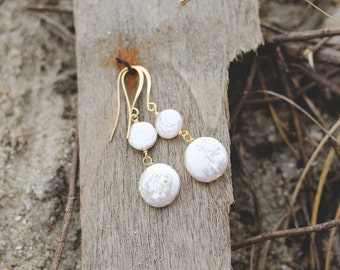 Fresh Water Pearl Earrings. Edisto Collection. Bridesmaids Earrings.