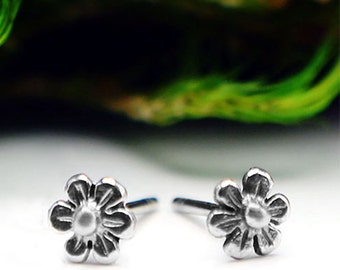 Flower Studs - Post Earrings in Silver with Sterling Silver Posts by Queens Metal