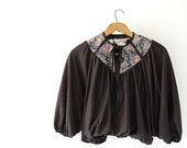 sale vintage Cropped Top / vtg Batwing Bubble Top by Young Edwardian Arpeja / Black w cotton Calico yoke / neck tie / boho hippie shirt xs s