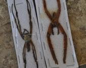 WYSIWYG: 2 Large spiders
