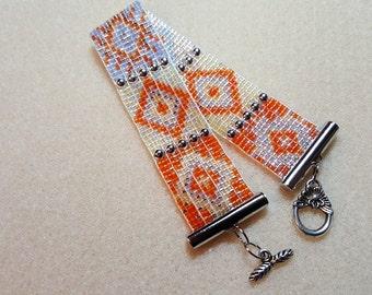 Sparkly pastel bead loom bracelet