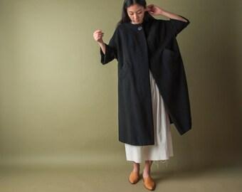 60s black wool short sleeve coat / mod black midi coat / simple black coat / s / 1067o / R3