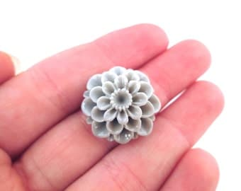 6 21mm Grey Chrysanthemum cabochons, Grey Mums