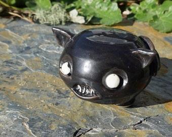 Stoneware Chiroptera sguidgey-eyed bat desk pet