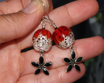 flower splash earrings