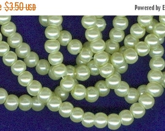 CLEARANCE 4mm Light Green Glass Pearl Round Beads