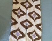 Mad Men-inspired geometric pattern scarf