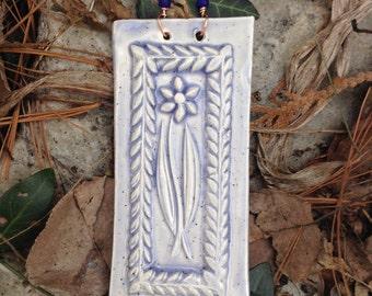 Wildflower Tile in Speckled Lavender