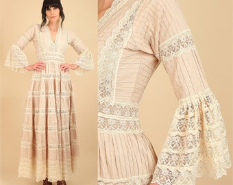 ViNtAgE 1950's Mexican Wedding Dress Cotton PinTuck Crochet Lace Angel Wing Bell Sleeve HiPPiE Boho Bohemain Maxi Dress Medium M