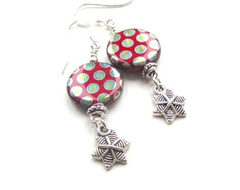 Red Spotty Metallic Glass Dangle Snowflake Earrings