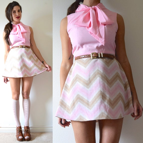 Vintage 60s 70s Neapolitan Chevron Print Pussy Bow Collar Mini Dress (size small, medium)