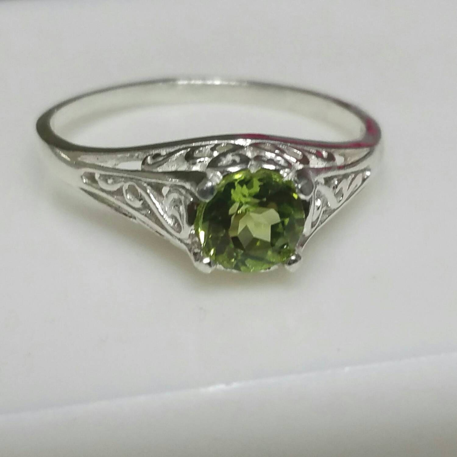 peridot ring filigree antique style ring sterling silver