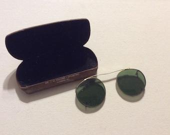 Vintage Sunglasses Goldtone Clip for Eyeglasses