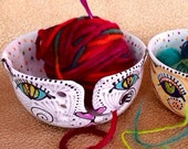 Jumbo Cat Yarn Bowl Handpainted Ceramic with 4 Yarn Channels
