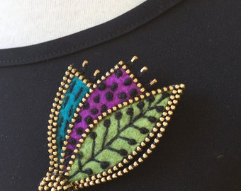 Abstract leaf brooch