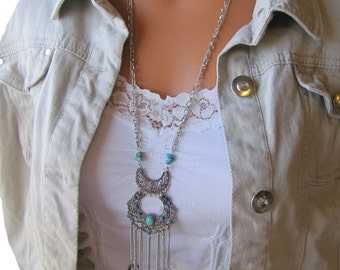 Long Beaded Filigree Crescent Hammered Circles Necklace