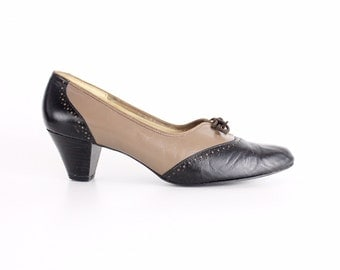 size 8   Vintage 1960s Two-Tone Leather Shoes   Selby Leather Brogues   High Heel Leather Oxfords   38.5