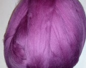 Merino Top Wool Roving in Berry 2oz