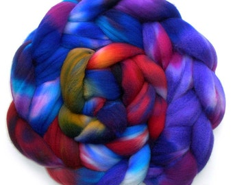 Roving Targhee Superwash Hand dyed Combed Top - Circus Tent, 5.3 oz.