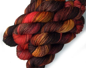 Merino DK Handdyed Light Worsted Yarn Superwash - Campfire, 250 yards