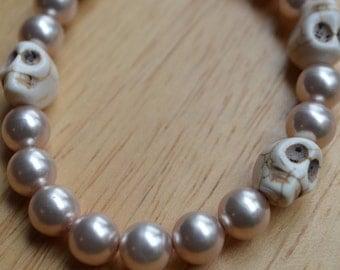 Natural Pearl Muertos Skull Bracelet