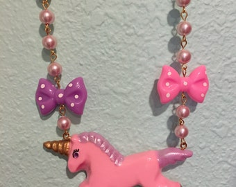 Pink Unicorn And Bows Pink Faux Pearl Necklace