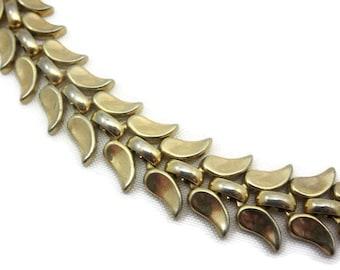 Vintage Trifari Gold Leaf Necklace - 1960s Costume Jewelry, Laurel Branch