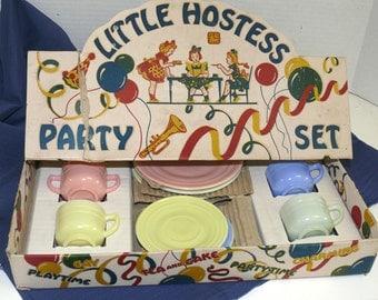 Child Hostess Tea St - Hazel-Atlas Glass Co. 15 pieces  Pastel colors